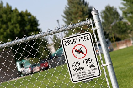 debate on guns on school campus As the debate over guns and gun-related violence continues around the country, many university presidents say guns should not be allowed on campus western.